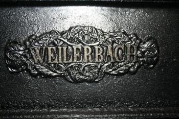 08-Weilerbacher_Kolonnenofen_um_1850_Logo_3